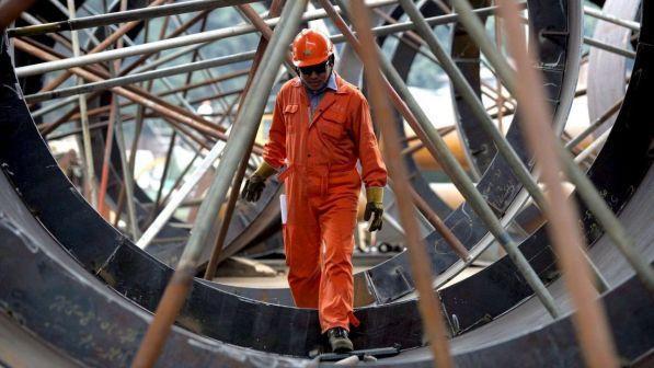 Istat, industria recupera a maggio: ordini +2,5%, fatturato +1,6%
