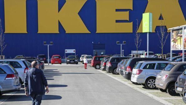 Furti E Truffe Licenziati Dieci Dipendenti Ikea Nel Milanese Tgcom24