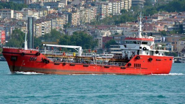Malta, migranti sbarcati da mercantile dirottato: tre in manette