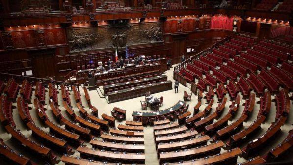 Camera battaglia sul disegno di legge del m5s per for Camera dei deputati diretta video