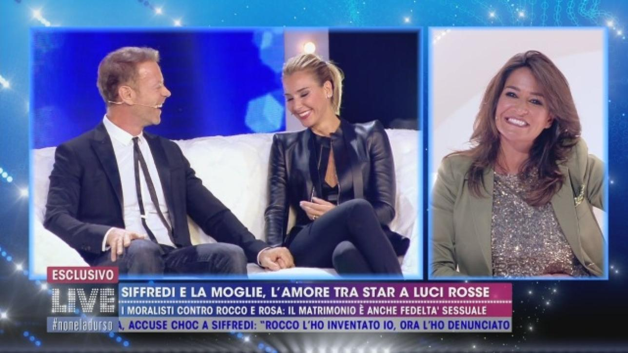 """Aida Nizar ironizza su Rocco Siffredi: """"Tu sei telecomandato"""""""