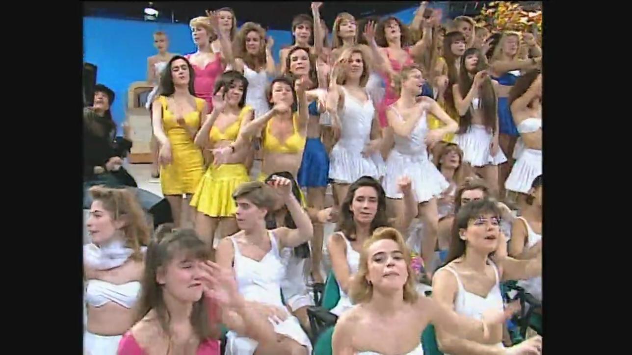 """Quando le ragazze di """"Non è la Rai"""" cantavano Lucio Battisti"""