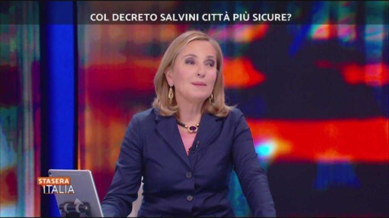Razzismo a stasera italia sfogo palombelli mio figlio for Deputate pd donne elenco