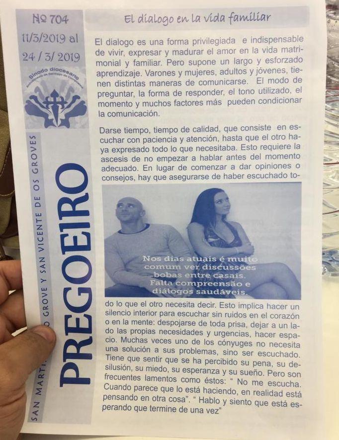 Spagna, due attori porno nel libretto della messa: imbarazzo tra i fedeli.