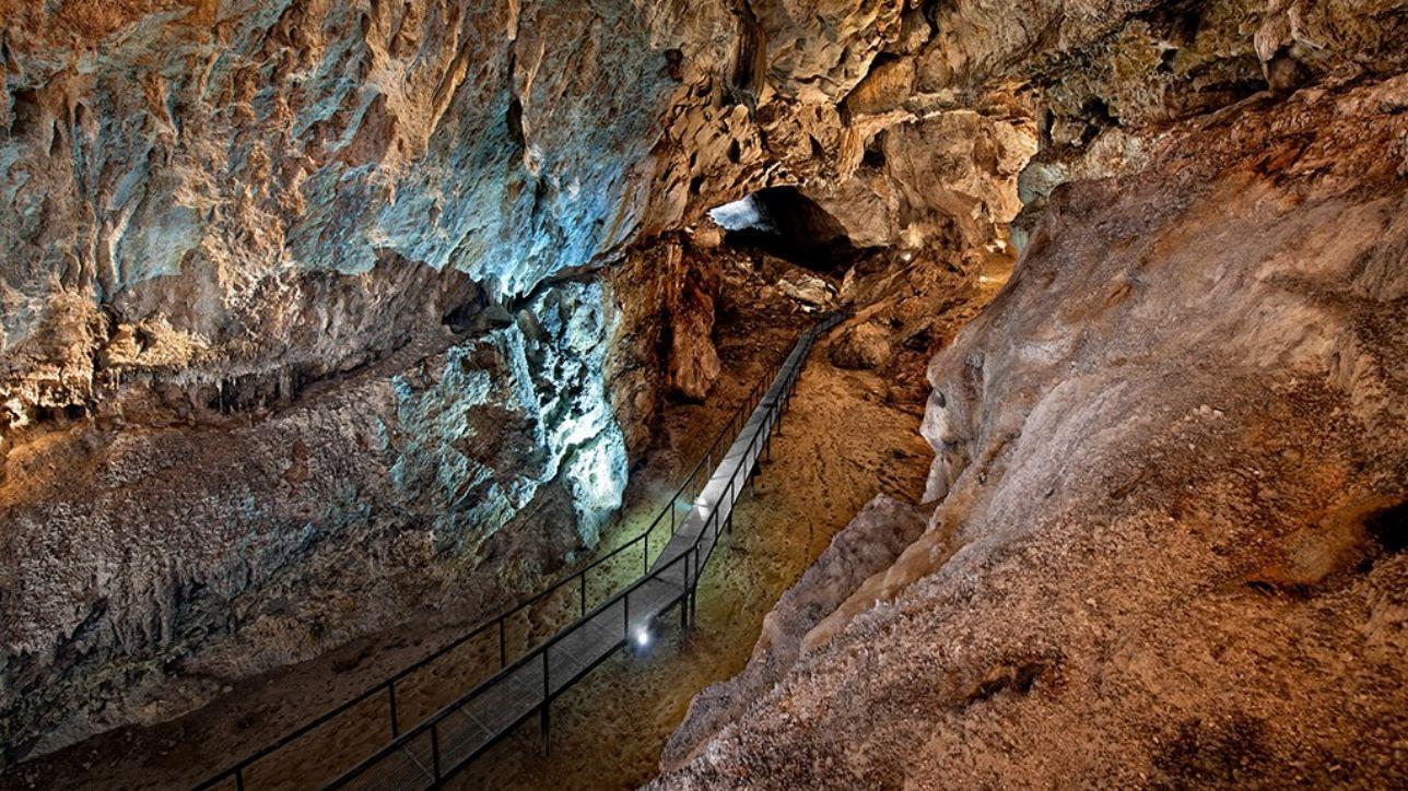 serie u di arte paleolitica in 11 grotte in Spagna