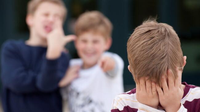 Bullismo a scuola, come affrontarlo