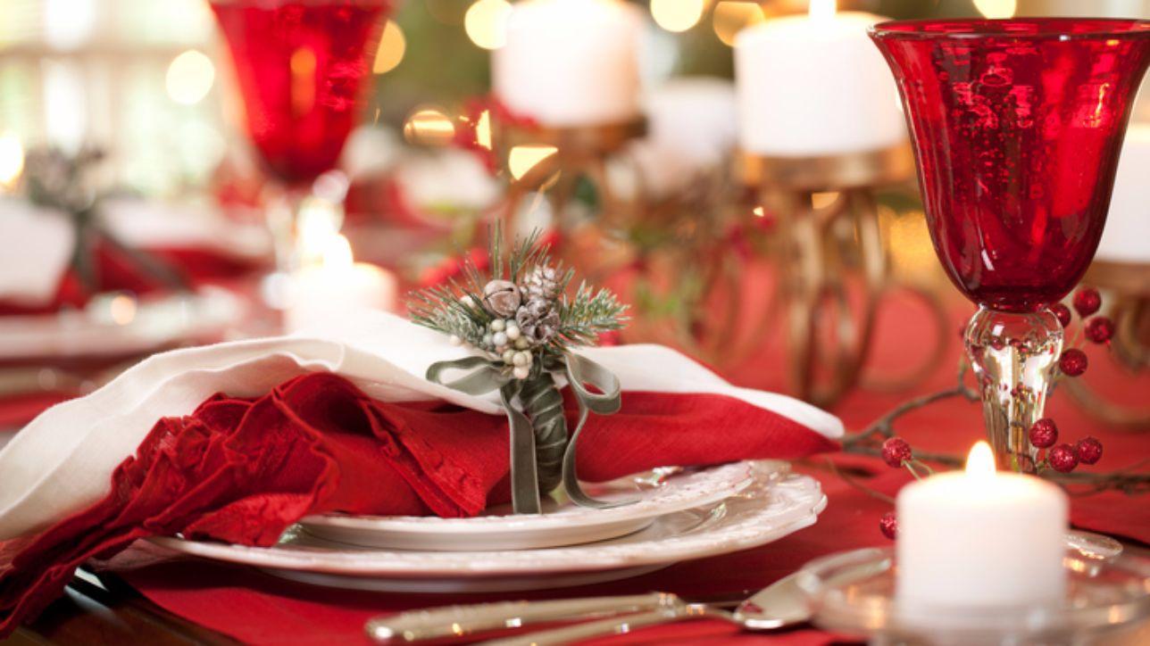 Decorare Tavola Natale Fai Da Te : Dieci idee per decorare la tavola di natale tgcom