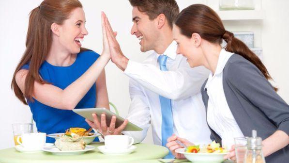 Diete Per Perdere Peso Velocemente Uomo : Vita da ufficio dieci strategie quotidiane per dimagrire