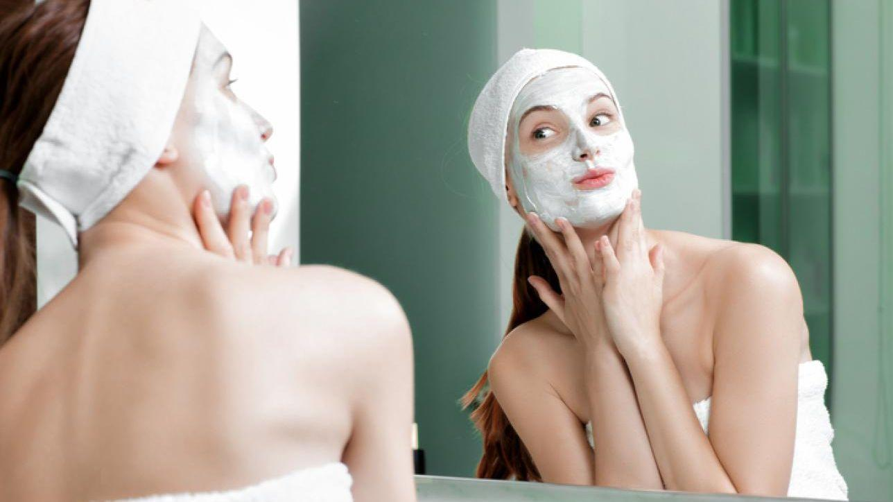 Hai la pelle grassa  Combattila coi rimedi naturali - Tgcom24 27cda00973