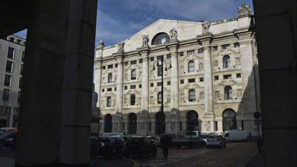 e709084153 Borsa, Milano apre piatta: Ftse Mib -0,02%, slancio per EI Towers ...