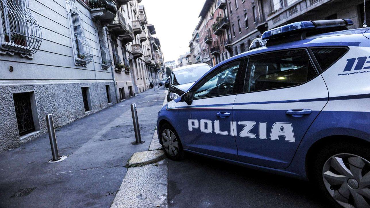 Milano Soldi In Cambio Di Permessi Soggiorno Arrestati 4 Agenti