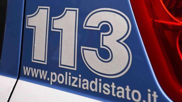 """Napoli, anziana chiama il 113 fingendo una rapina in casa: """"Mi sentivo sola"""""""