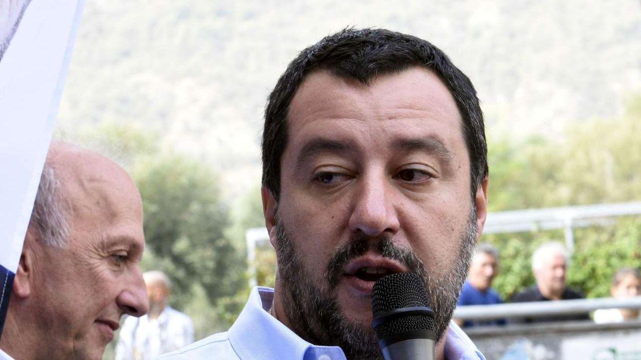 """Migranti Claviere, Salvini a Macron: """"Non accettiamo le scuse della Francia"""" - Tgcom24"""