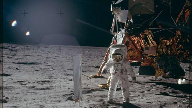 Nasa, ecco gli archivi delle missioni Apollo: le foto più belle della corsa alla Luna