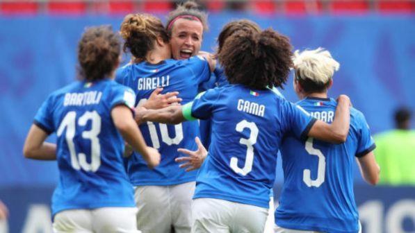 Siano E Uguali Ct Calcio FemminileIl Stipendio BertoliniCampi zMpSVU