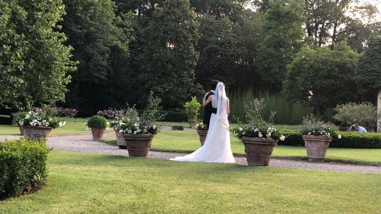Auguri Matrimonio Ex Amica : Il matrimonio dell ex marito di letizia ortiz alfonso guerrero ha