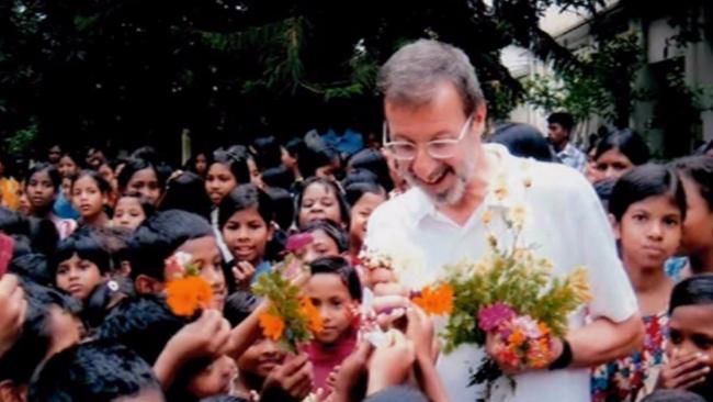 Bangladesh, spari contro missionario e medico italiano: è fuori pericolo