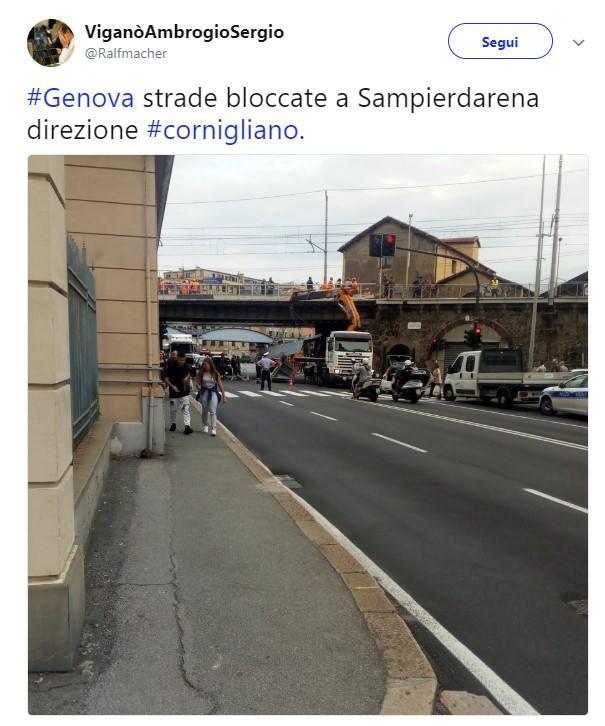 Genova, Tir contro un ponte delle Fs  circolazione torna regolare ... 4f57a5959c