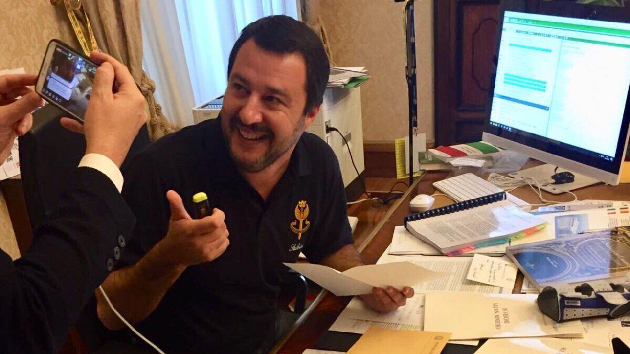 diciotti, chiesta archiviazione per salvini | pm: scelta politica insindacabile | ministro: ora taglio i 35€