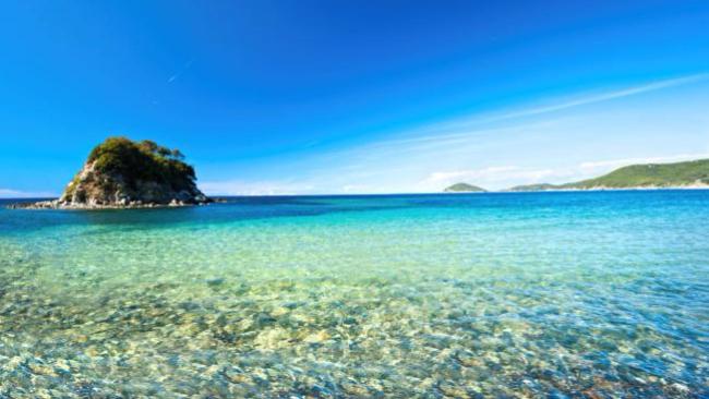 Spiagge, mare, shopping e... montagna: è l'Isola d'Elba