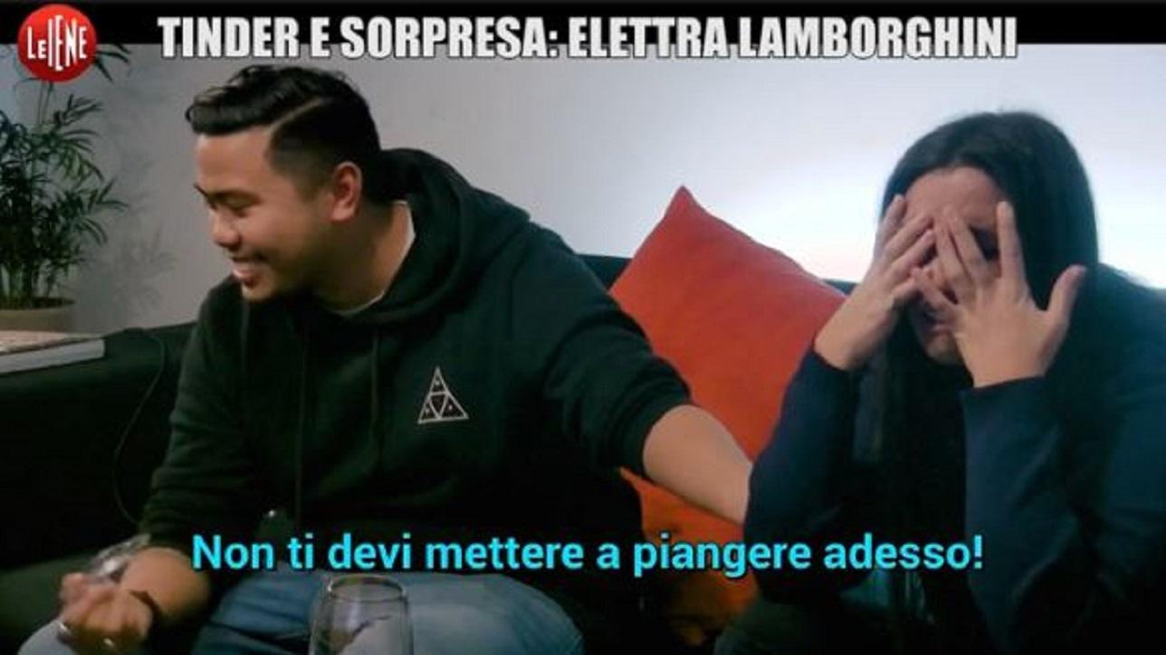 """Tinder e sorpresa, lo scherzo con Elettra Lamborghini: """"Sai twerkare?"""""""