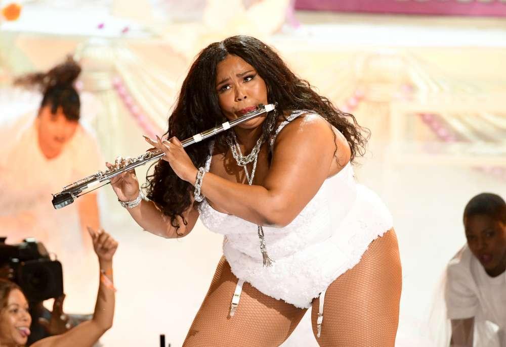 Da Beyoncé a Cardi B, Lizzo e Mary J. Blige: ai Bet Awards, premi per le  black star , è un esplosione di curve