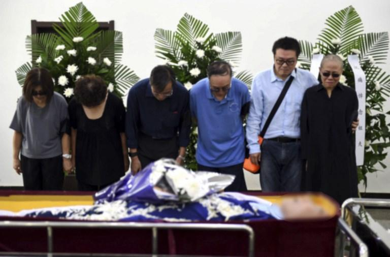 Cina, l'addio al dissidente e premio Nobel Liu Xiaobo
