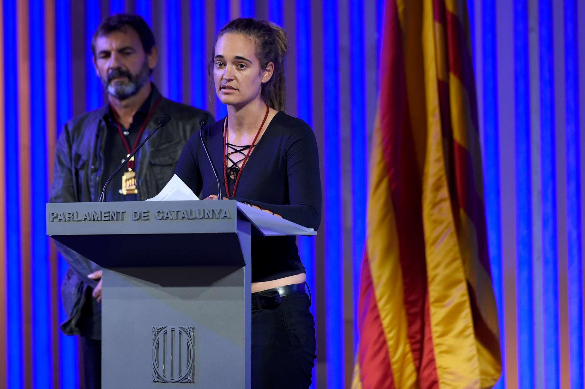 Migranti, a Carola Rackete la medaglia d oro del Parlamento catalano
