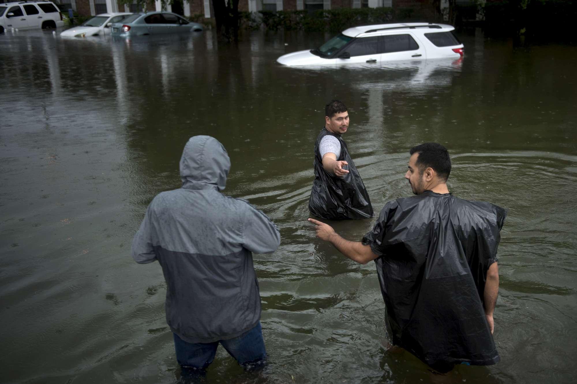 L uragano Harvey mette in ginocchio il Texas