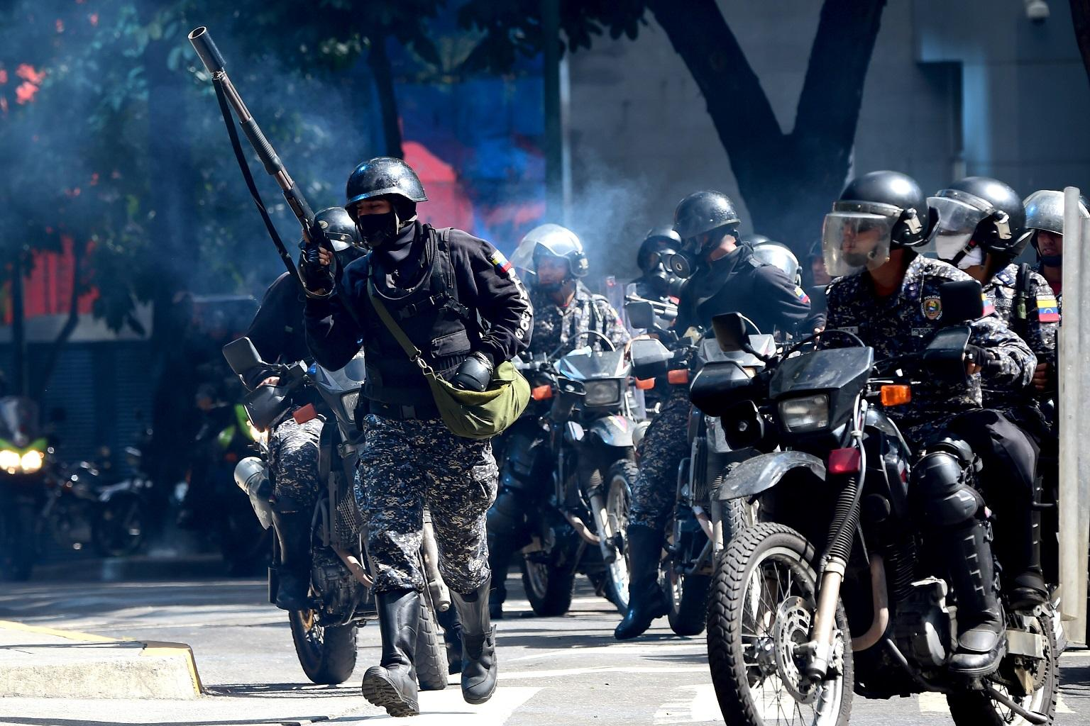 Venezuela, lacrimogeni su dimostranti anti-Costituente