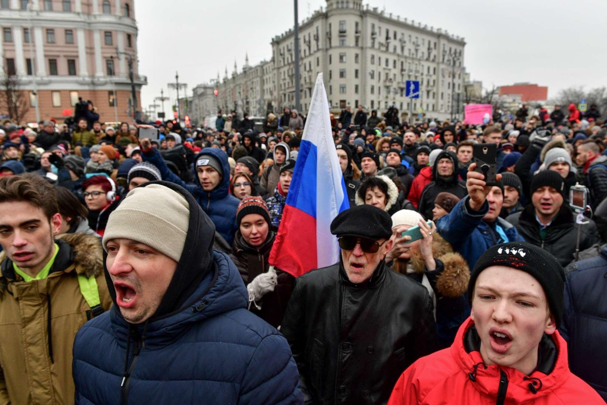 Russia, migliaia a Mosca per la manifestazione dell oppositore Navalny