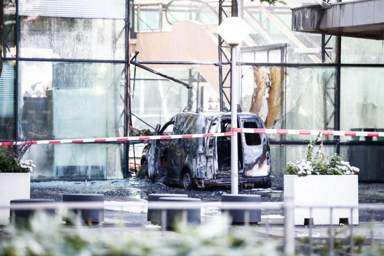 Olanda, furgone contro sede quotidiano De Telegraaf