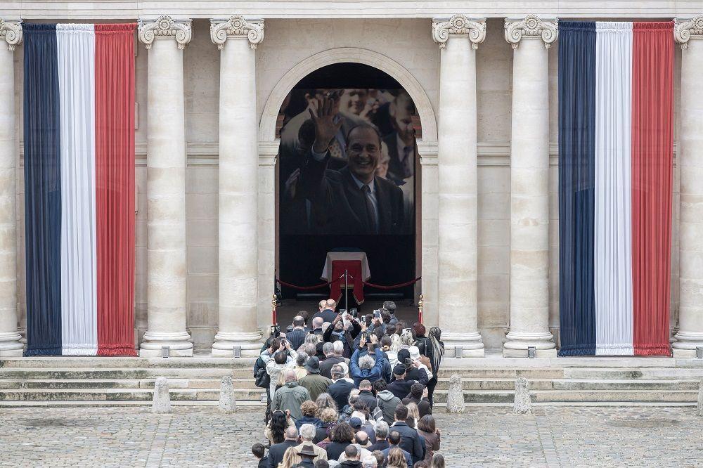 Chirac, la Francia rende omaggio all ex Presidente della Repubblica