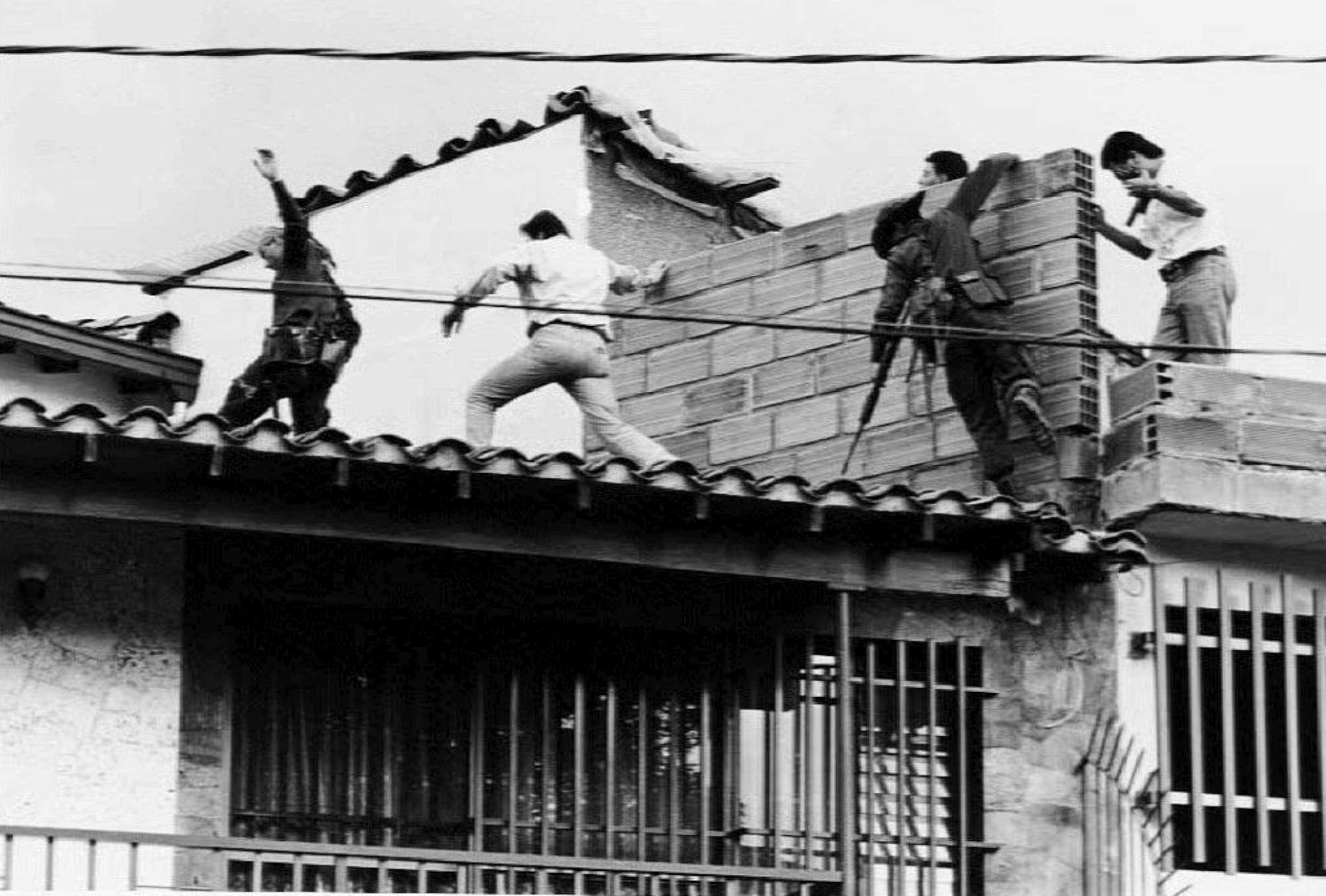 Colombia, 25 anni fa veniva ucciso il re dei narcos: Pablo Escobar