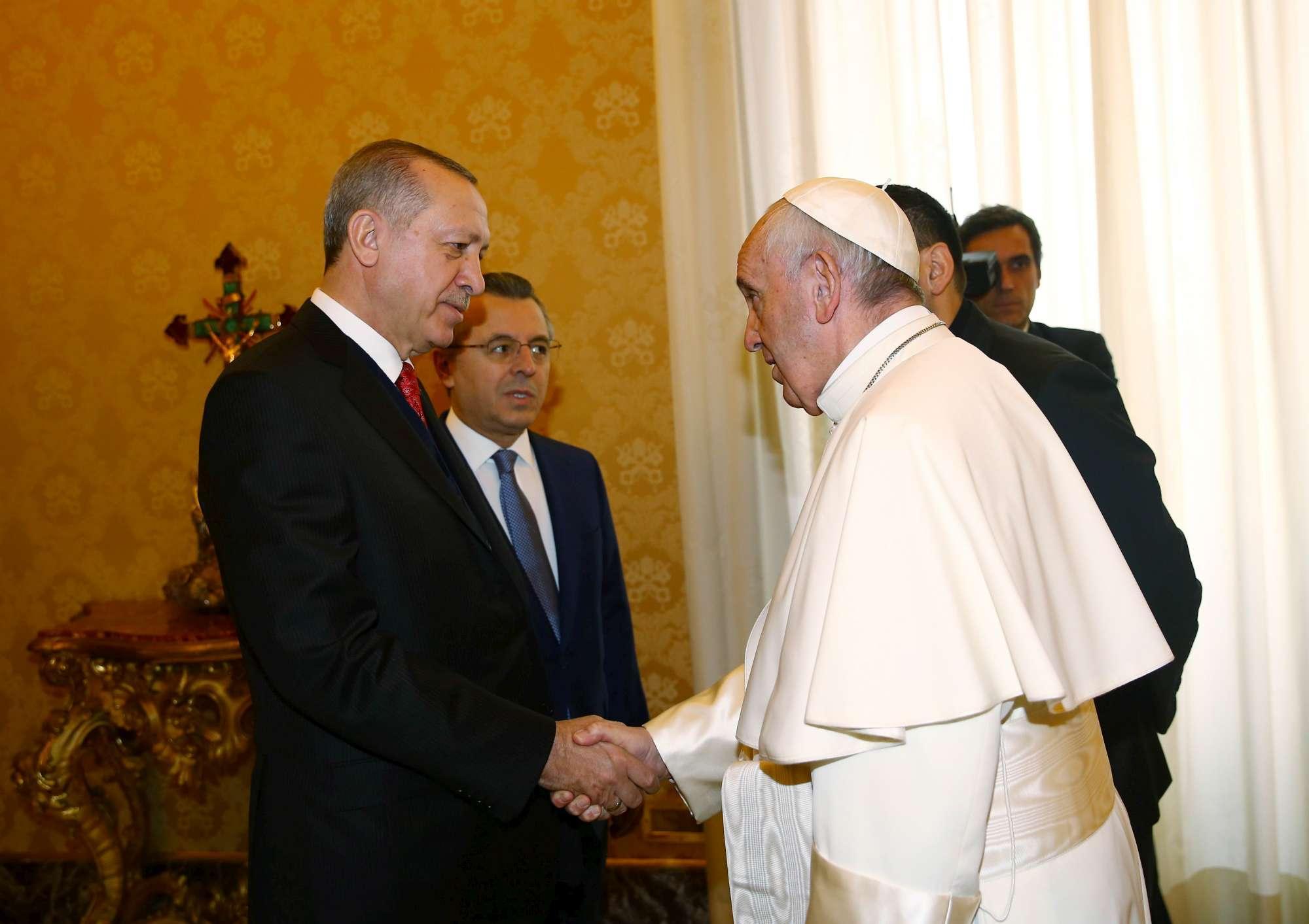 Erdogan in Vaticano, l incontro con Papa Francesco