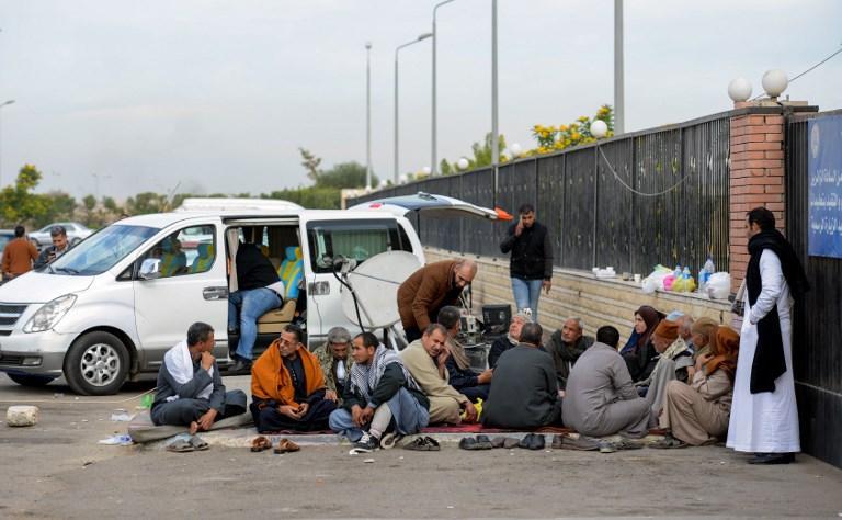 Egitto, strage in moschea: il dramma dei familiari delle vittime