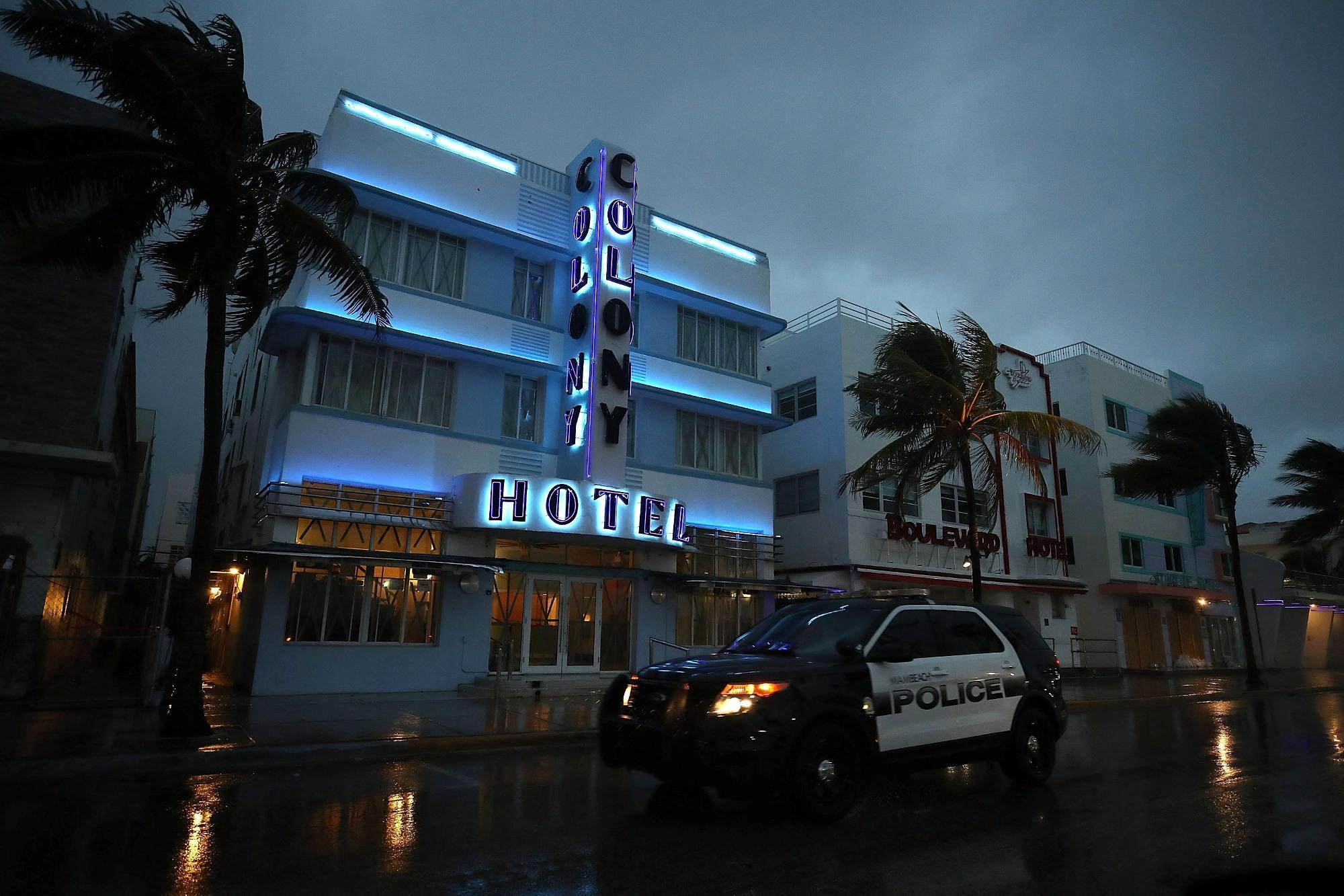 L uragano Irma arriva su Miami Beach