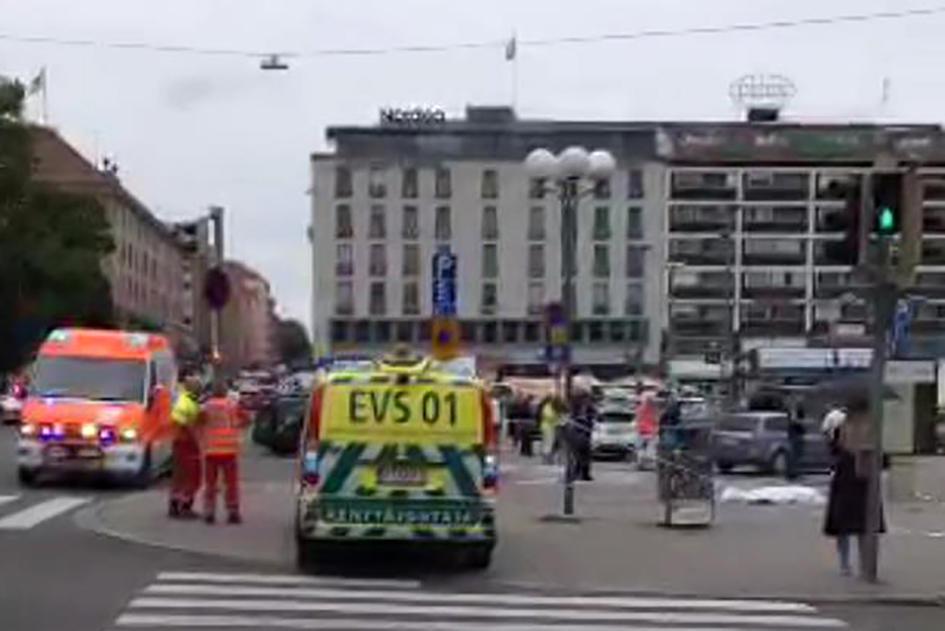 Attentato in Finlandia, un morto e diversi feriti