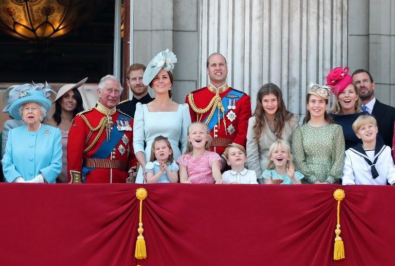 5 X REGINA ELISABETTA Celebrità Maschera Famiglia Reale Festeggiamenti del Giubileo Party