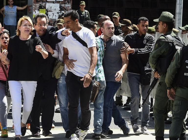 Ortega Diaz rimossa dal suo incarico con la forza
