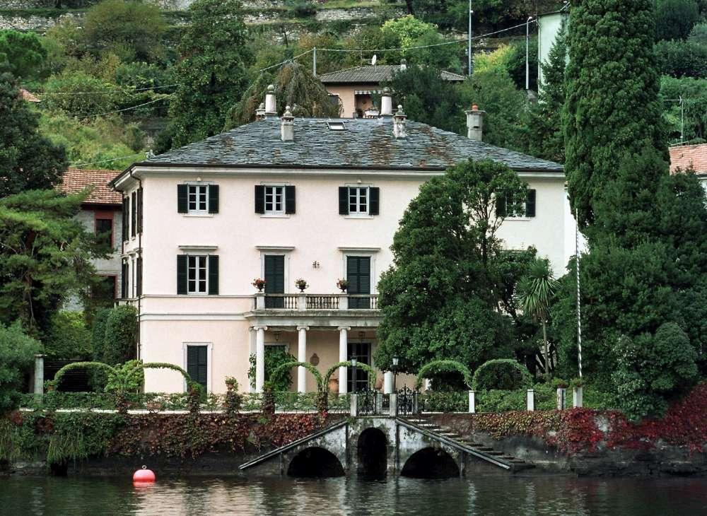 Lago di Como, Barack Obama è arrivato nella villa di George Clooney