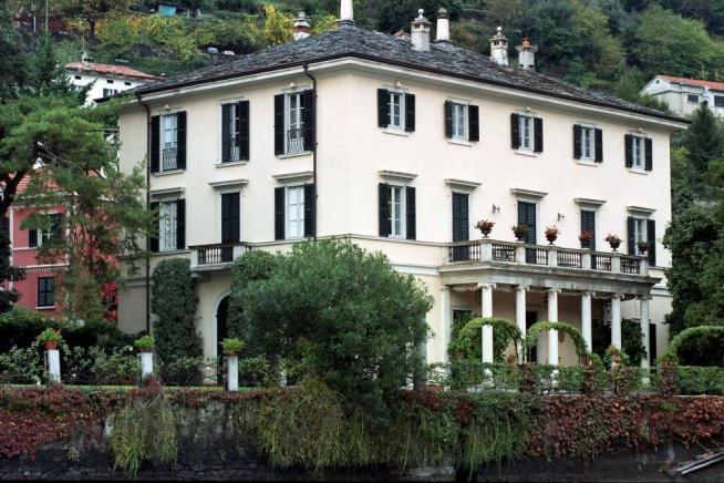 George Clooney vende villa Oleandra a Como per 90 milioni di euro