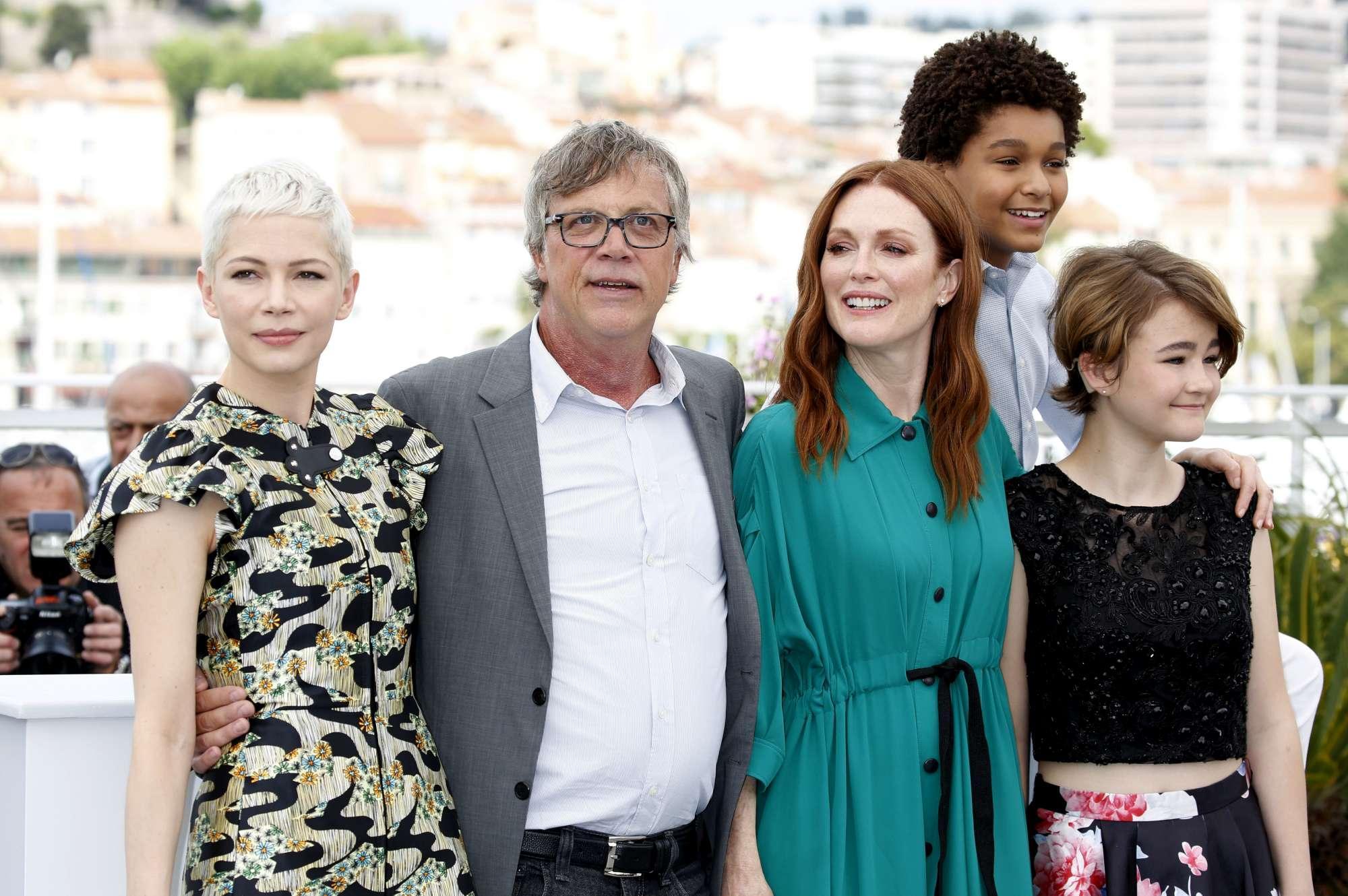 A Cannes il photocall del film  Wonderstruck  con Julianne Moore e Michelle Williams