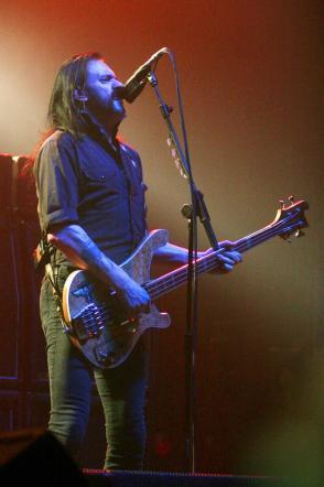 Motorhead, Lemmy Kilmister stroncato da un cancro alla prostata