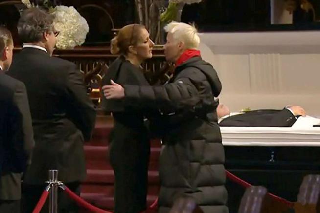 Céline Dion distrutta nel giorno dell ultimo saluto al marito René Angélil