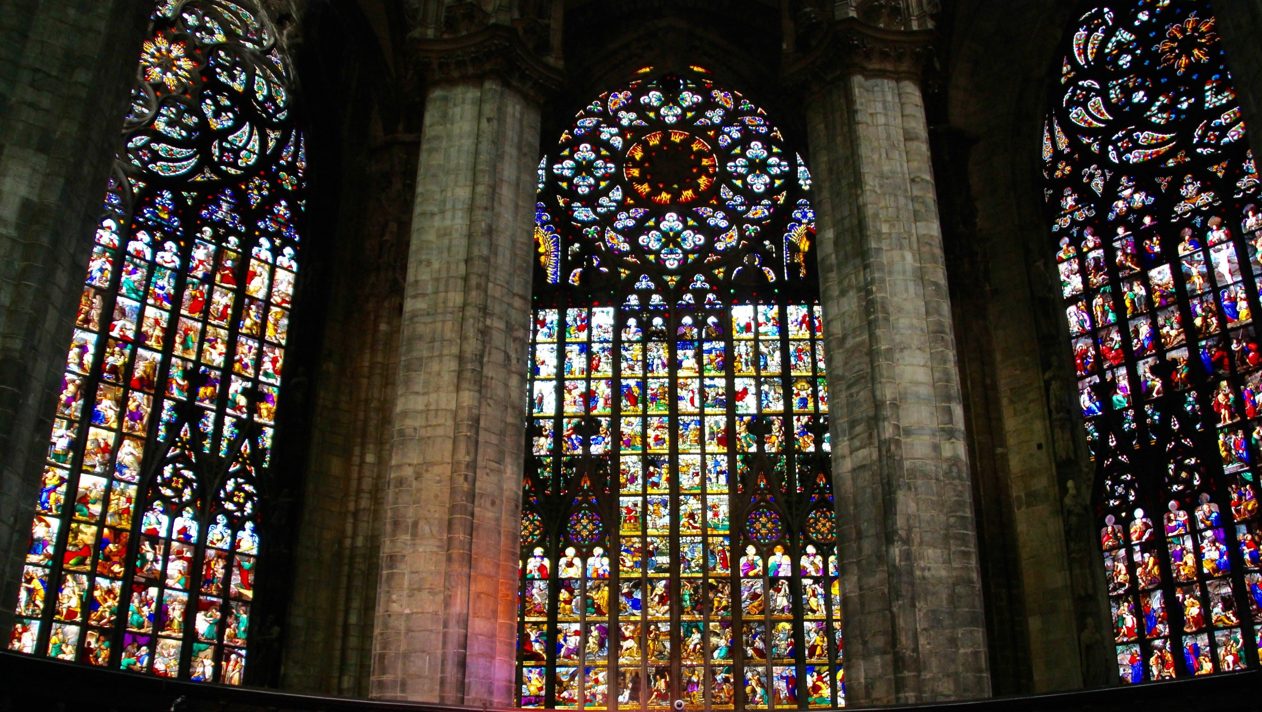 15.800 note per il Duomo di Milano / 4: le vetrate e la meridiana solare