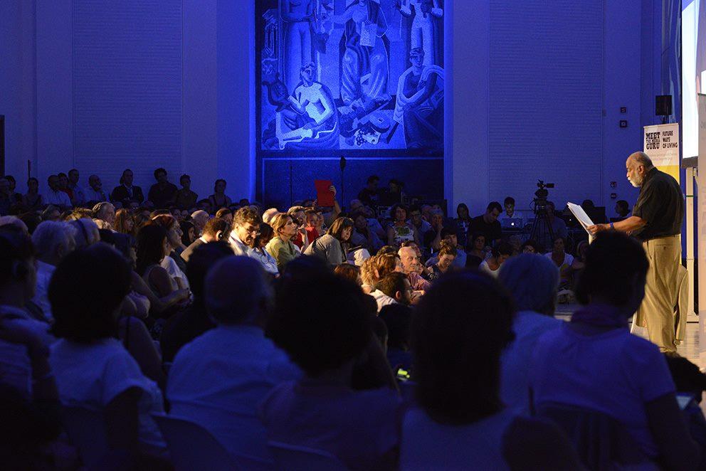 Arjun Appadurai a Milano: gran folla alla Triennale