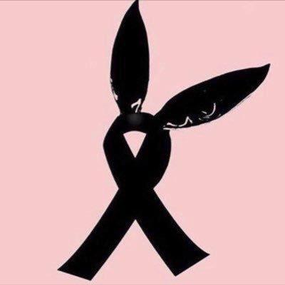 Manchester, il cerchietto con le orecchie diventa simbolo di lutto