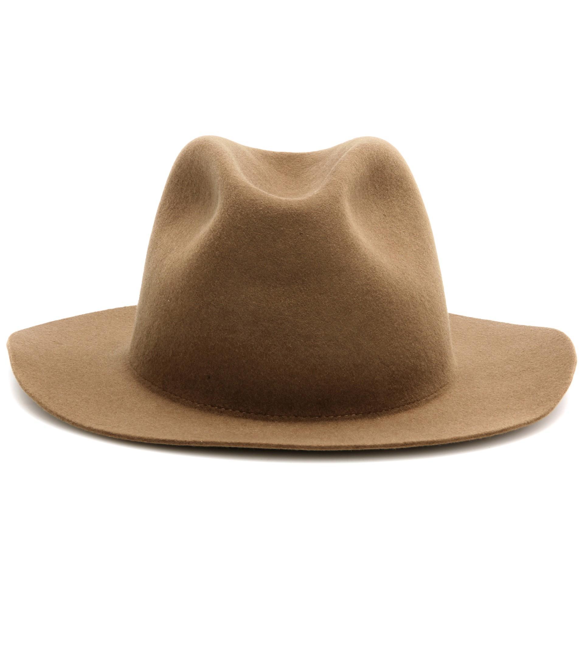 Cappelli di tendenza  15 modelli su cui puntare in autunno - Tgcom24 5991db1baf9e