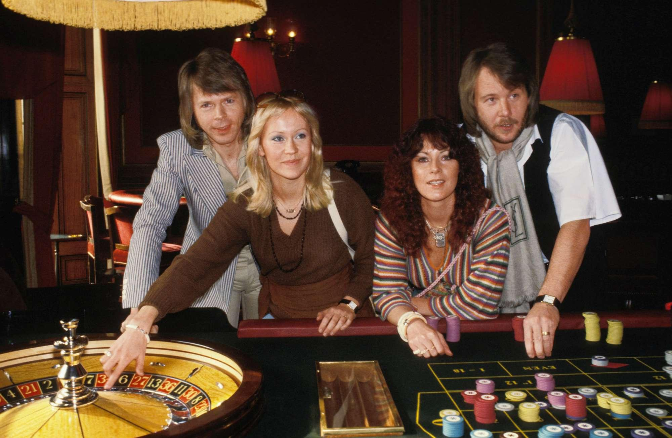Abba, il gruppo da 300 milioni di dischi venduti torna dopo 35 anni